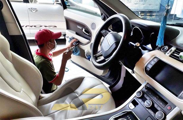 vệ sinh nội thất xe hơi tại tphcm