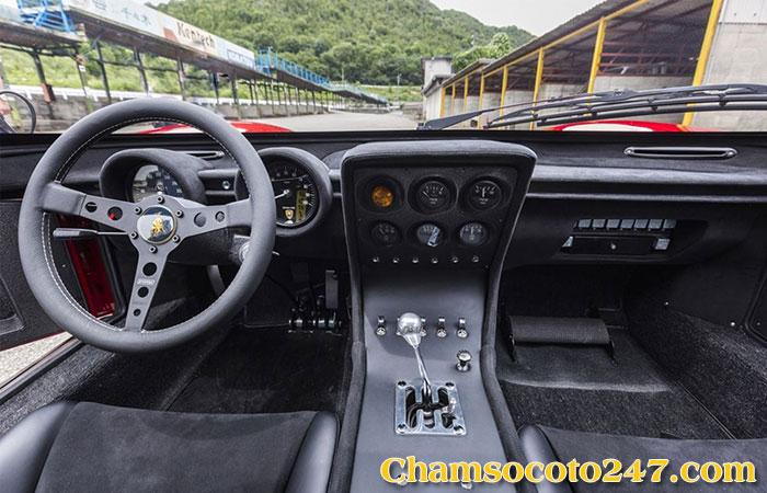 Lamborghini-Miura-Jota-2