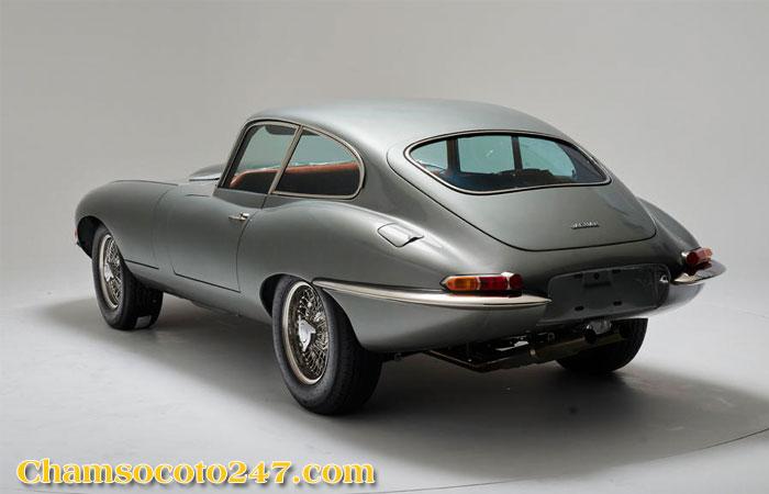Jaguar-E-Type-4