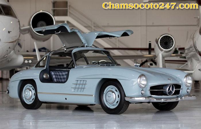 Mercedes-Benz-300SL-Gullwing-1