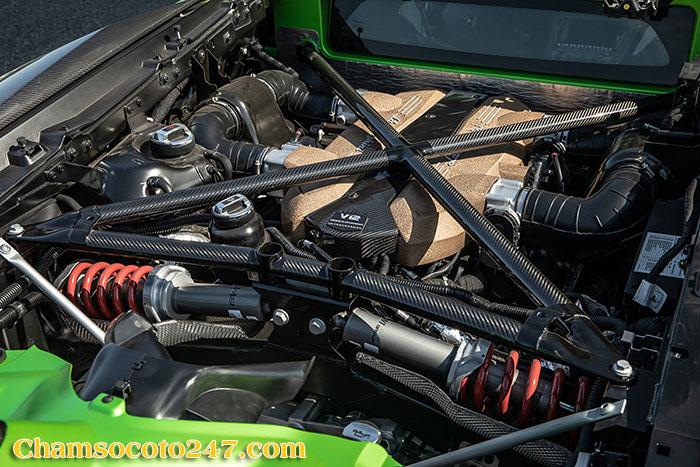 Lamborghini-Aventador-svj-2